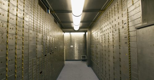 Judge Orders FBI To Halt Forfeiture of Cash, Jewelry From Safe Deposit Boxes