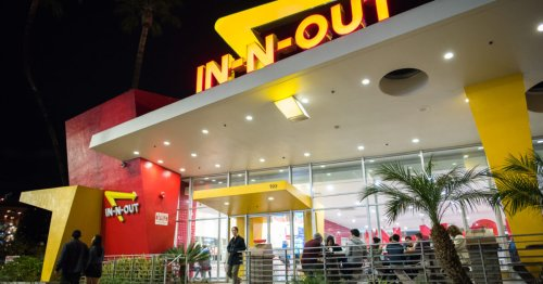Media Try To Cancel In-and-Out Burger Over Refusal To Enforce San Francisco's Vaccine Passports