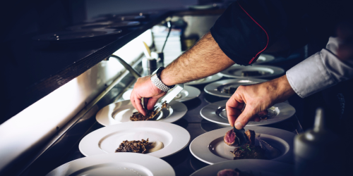 People Who've Worked In Unhygienic Restaurants Share The Red Flags To Look Out For