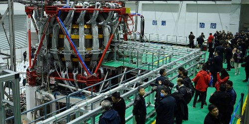 """China's """"artificial sun"""" sets new record for fusion power"""