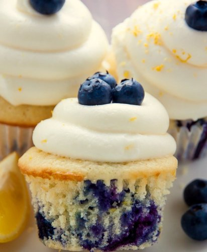 Italian Lemon Blueberry Cupcakes - Homemade Recipe
