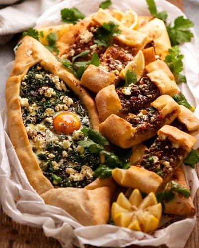 Pide – Turkish Flat Bread / Pizza