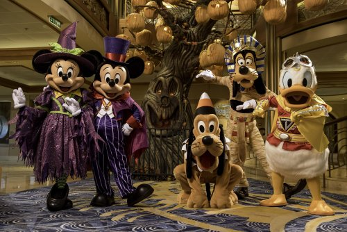 Ahoy! Disney's Holiday Cruise Lineup Is Here