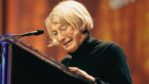 10 Vintage Mary Oliver Poems to Soothe Your Soul