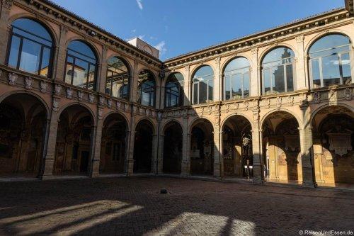 Bologna – Sehenswürdigkeiten und Reisetipps
