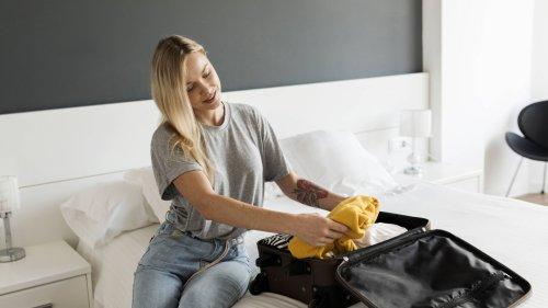 Warum der Koffer im Hotel nicht auf dem Bett liegen sollte