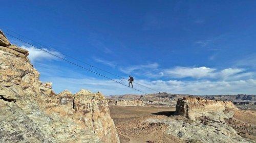 USA: Diese Treppe schwebt 122 Meter über der Wüste