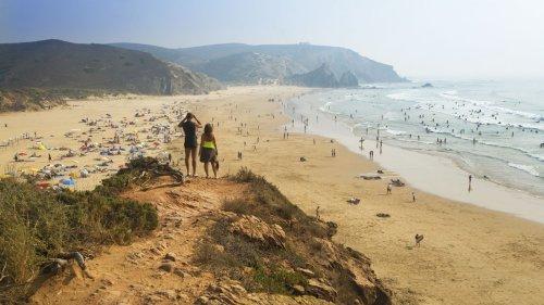 Travel Awards: Algarve ist Europas bestes Ziel für Strandurlaub