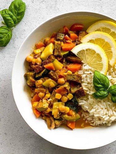 Gemüsecurry mit Kokosmilch — einfach und lecker!