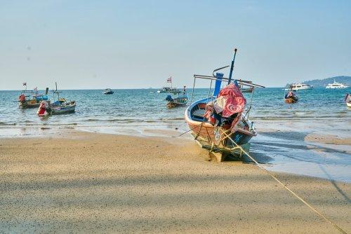 Thailand: Öffnungschaos versetzt Tourismusbranche in Aufruhr