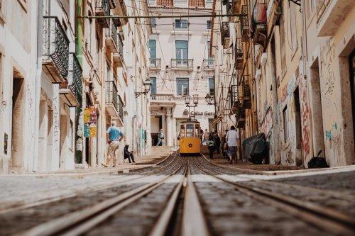 Portugal lockert Corona-Maßnahmen mit einem Drei-Stufen-Plan