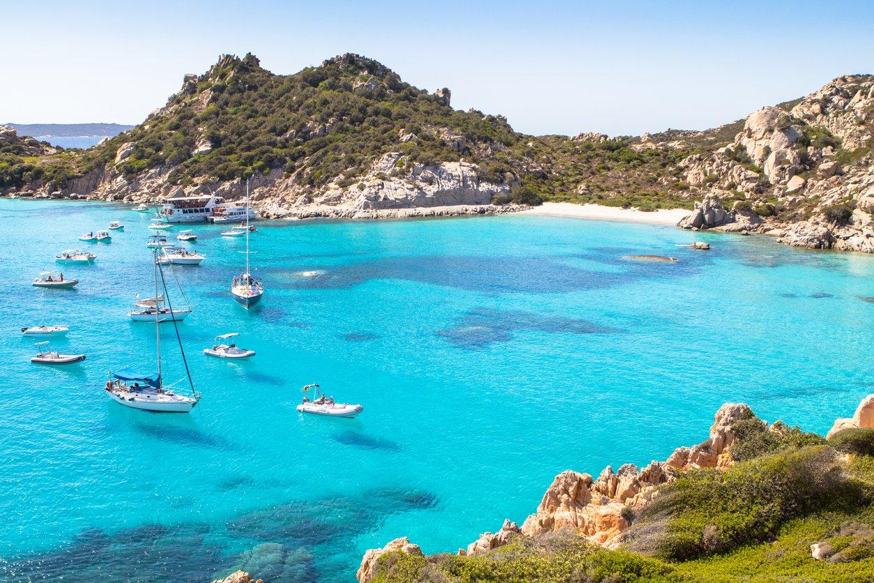 Die 11 schönsten Strände in Italien: Sardinien, Sizilien, Kalabrien & mehr