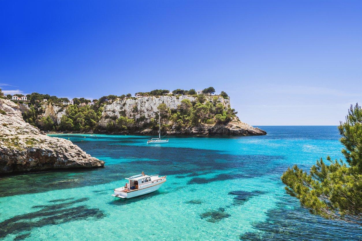 Familienurlaub auf Menorca - top 5 Orte für einen Urlaub mit Kindern