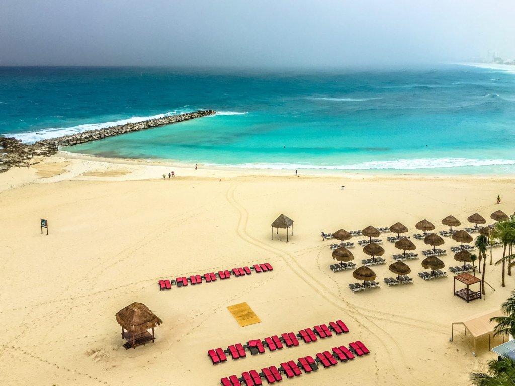 Cancun - cover