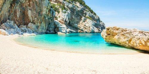 Die 10 schönsten Strände auf Sardinien (inkl. Bilder, Karte und Tipps)