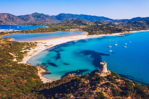 Sardinien - Reiseführer + 13 spannende Infos für einen Traumurlaub