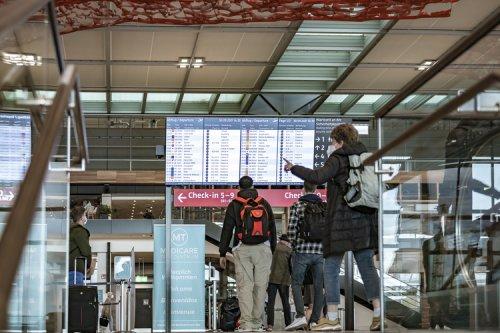 Flughafen-Chaos BER: Wer trägt die Schuld?