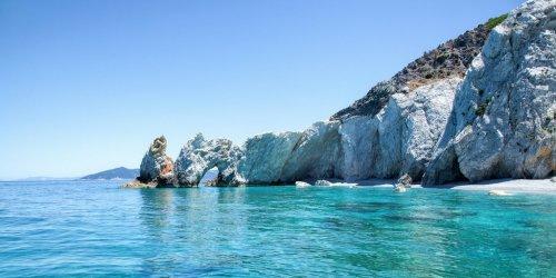 Die schönsten Strände auf Skiathos: 18 Traumstrände im Überblick