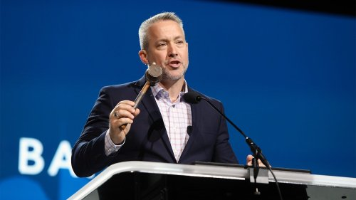Gavel named for slaveholder replaced with one recalling missionary at SBC meeting