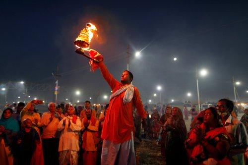 India can still turn the tide back toward democracy