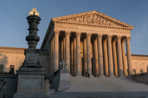 Report: US Supreme Court favors religion in emergency reviews