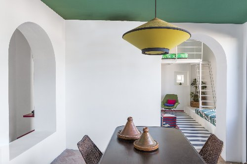 Roman Holiday: A Top-Floor City Apartment That Channels Mediterranean Summer - Remodelista