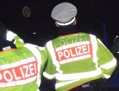 Zwei Betrunkene wegen der Kälte mehrfach in Schutzgewahrsam genommen