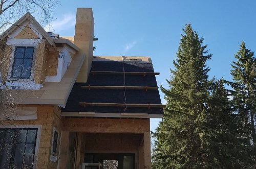 Why you should always hire a professional for a roof replacement