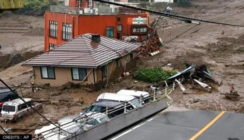 Atami mudslides: 9 dead, 1,700 firefighters, cops deployed to look for 19 still missing