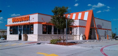 Whataburger seeks to hire 50K employees with focus on managers