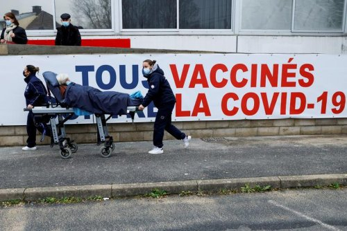 French hospitals to move into crisis mode from Thursday, report says