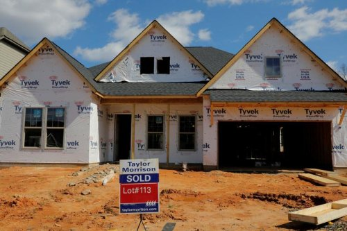 U.S. new home sales drop; record low mortgage rates underpinning demand