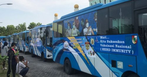 COVID-19 shots to the people: Indonesia city revs up vaccine buses