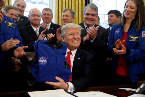 Trump criticizes NASA moon mission after promoting it earlier