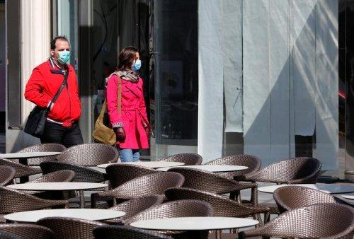 Austria eyes Easter 'resurrection', easing coronavirus lockdown at shops