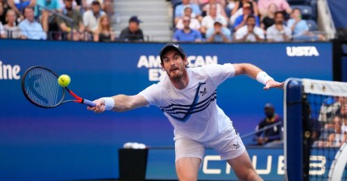 Confident Murray aiming higher after tweaking service action