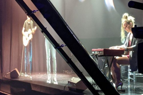 Victorian hologram keeps music in touch with lockdown audience