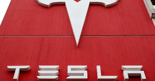 Top union sets sights on works council at Tesla's German gigafactory