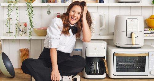 Drew Barrymore quiere llenar de color tu cocina