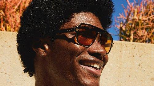 Sabemos cuáles son las gafas de sol que llevarán este verano los hombres con más estilo (y además combinan con toda tu ropa)