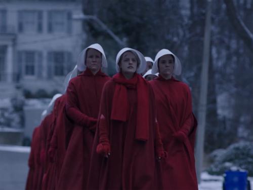 'El cuento de la criada' acaba convertida en la mayor oda al feminismo del año