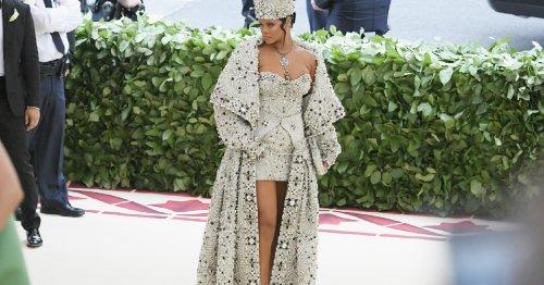 La papisa Rihanna vista desde todas las perspectivas