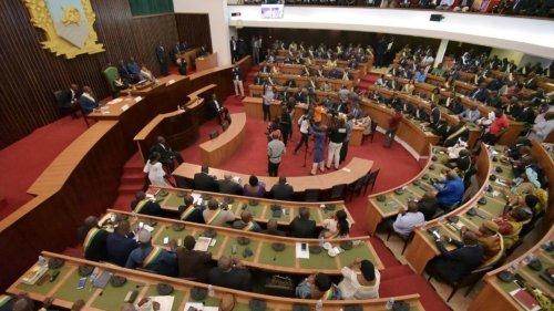 Côte d'Ivoire: le retour du débat sur la limite d'âge des candidats à la présidentielle
