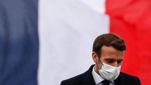 Confinement en France: les hésitations d'Emmanuel Macron