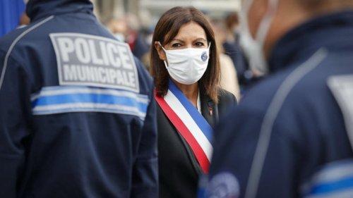 Reportage France - Les premiers policiers municipaux de Paris sur le terrain