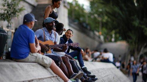 França: Festa da Música celebra início do verão no hemisfério norte e fim do toque de recolher