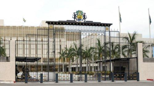 Gabon: un projet de loi durcissant les critères d'éligibilité à la présidence fait polémique