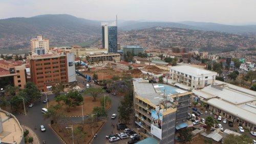 Le Burundi remet onze rebelles du FLN au Rwanda