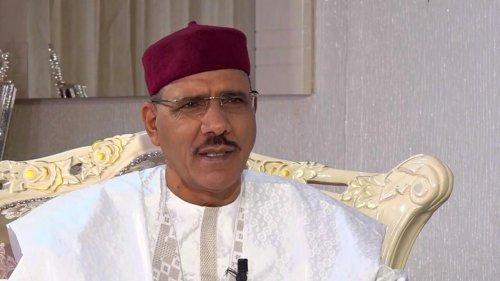 Burkina: fin de la visite du président nigérien Mohamed Bazoum dominée par la question sécuritaire
