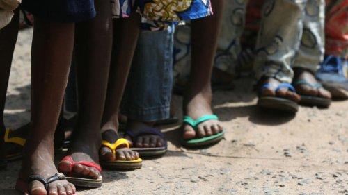 Travail des enfants: au Togo, la dure vie des «microbes»
